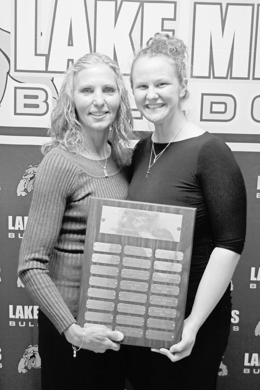 atty nelson cheerleading award & Dan twito memorial scholarship Bianca Singelstad